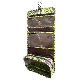 koru-hanging-toiletry-bag