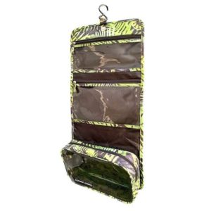 koru-hanging-toiletry-bag