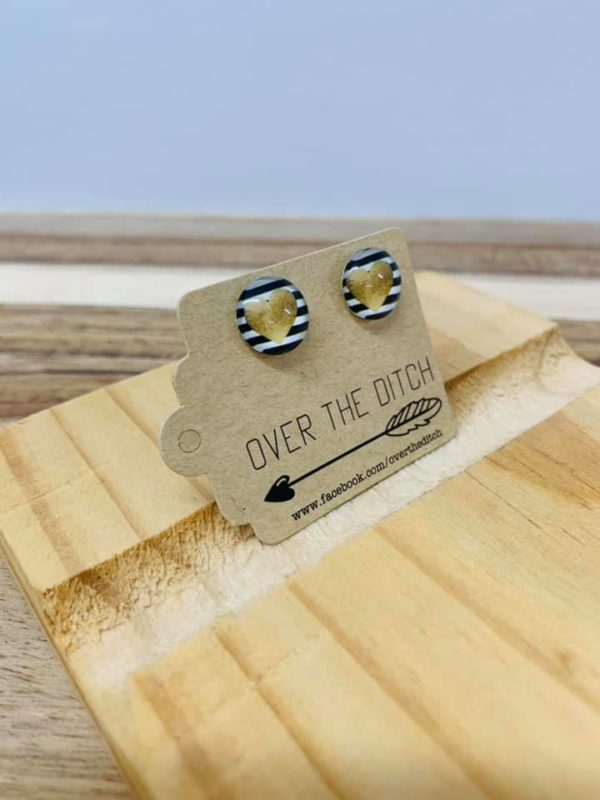 gold heart earrings by over the ditch
