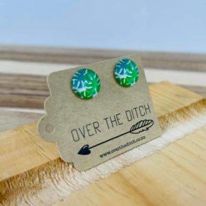 palm stud earrings